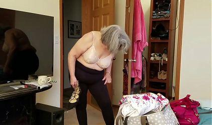 Slut wife gets spitroasted